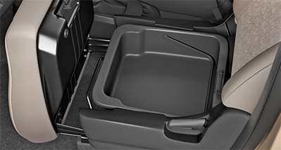 WagonR Interiors Pics – Front Passenger Under Seat Tray