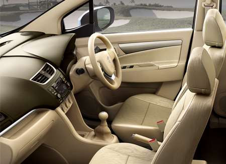 Compare Honda Mobilio vs Maruti Ertiga