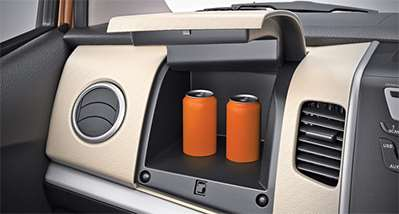 WagonR Interiors Pics – Push type Instrument Panel Storage Box