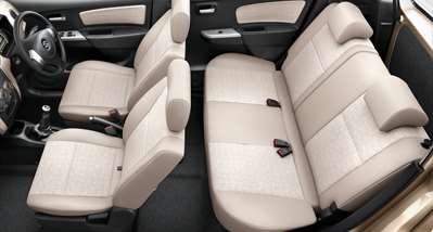 WagonR Interiors Pics – Inclined Rear Seats