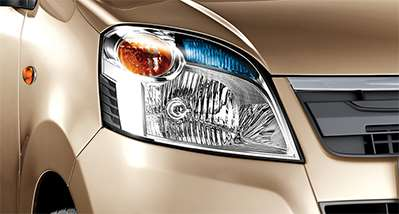 New WagonR Design – Headlamps with unique blue lens